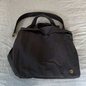 Lululemon On My Level Bag 19L